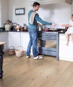 Quick-Step Impressive Ultra Soft Oak Medium Laminate Flooring imu1856