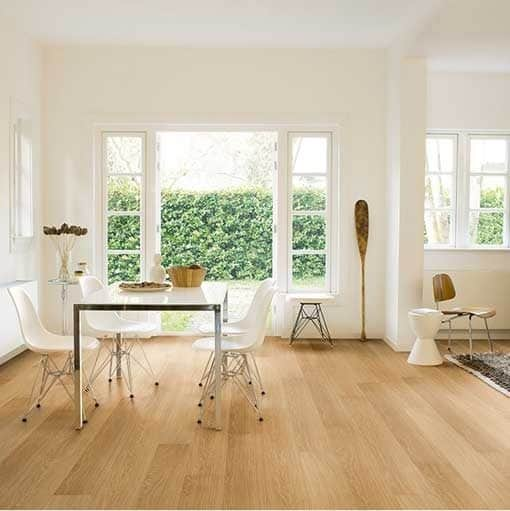 Quick-Step Impressive Ultra Natural Varnished Oak Laminate Flooring imu3106