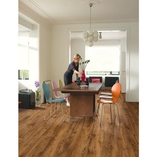 Quick Step Perspective Wide Reclaimed Chestnut Antique Laminate