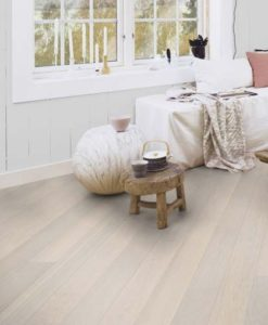 Boen Andante White Pigmented Oak Plank Live Pure Lacquer Brushed 4 Bevel 138mm