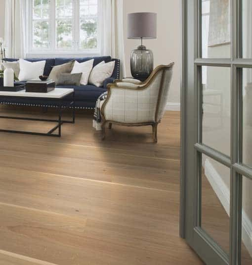 Boen Animoso Oak Plank Live Pure Lacquer Brushed 4 Bevel 138mm