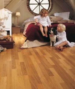Quick-Step Classic Enhanced Oak Natural Varnished 3 Strip Laminate Flooring