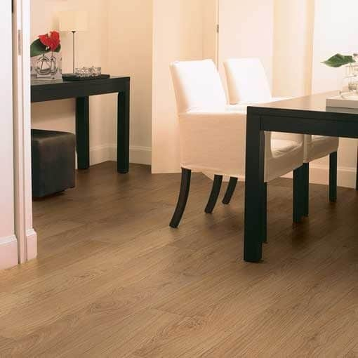 Quick-Step Classic Natural Varnished Oak Laminate Flooring