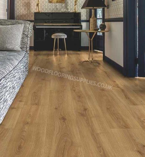 Quick step majestic desert oak warm natural laminate for Oak laminate flooring
