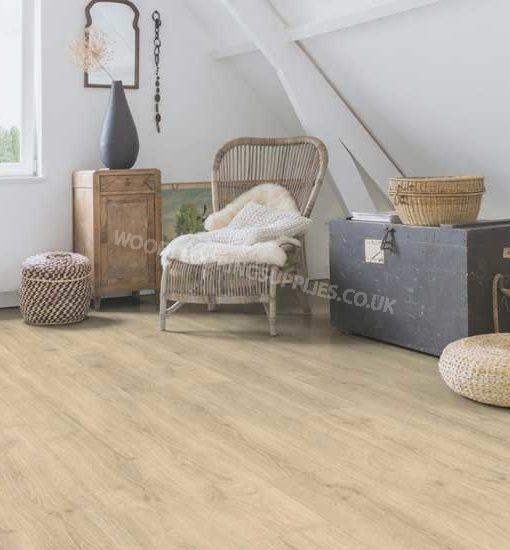 Quick step majestic woodland oak beige laminate flooring for Oak laminate flooring