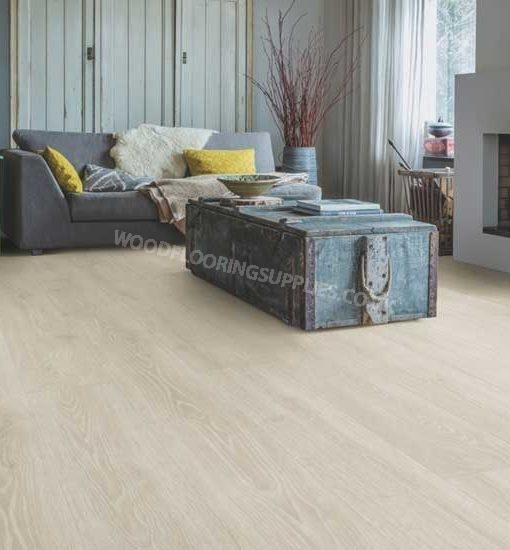 Quick step majestic woodland oak light grey laminate for Oak laminate flooring