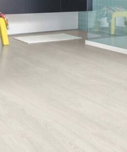 Quick-Step Impressive Patina Classic Oak Light Laminate Flooring