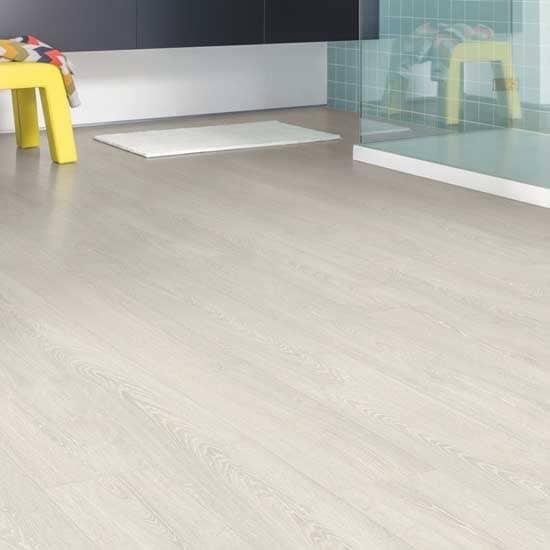 quick step impressive ultra patina classic oak light laminate flooring wood flooring supplies ltd. Black Bedroom Furniture Sets. Home Design Ideas
