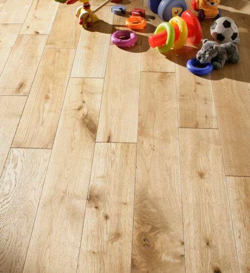 125mm Solid Oak Flooring Brushed & Oiled 18mm